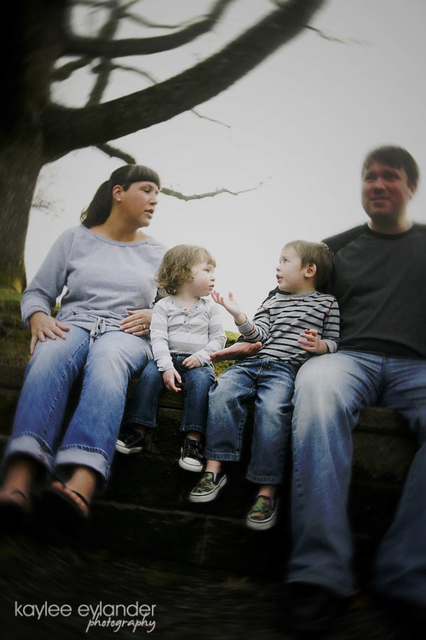 family 40 copy1 Family Pictures @ Jennings Park!