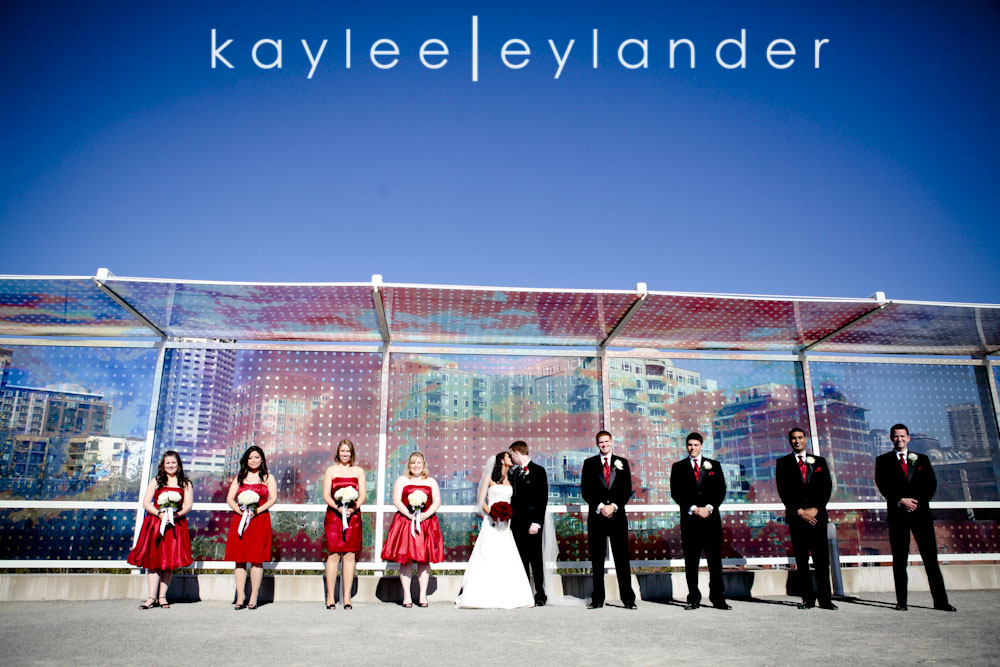 0301 Seattle World Trade Center Wedding | Red Roses and Sunshine!  | Seattle Wedding Photographers