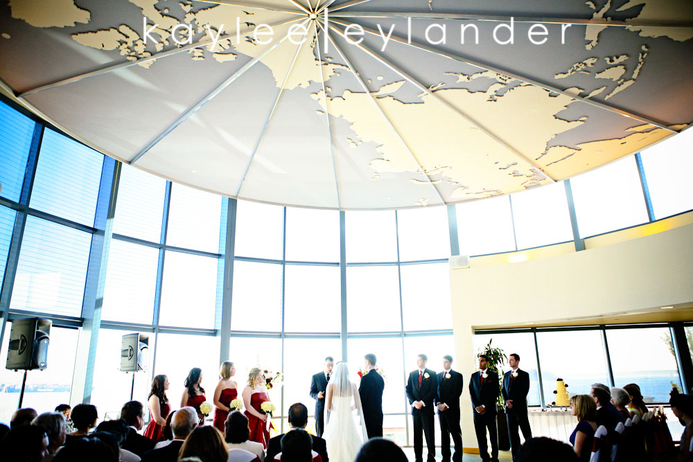 0503 Seattle World Trade Center Wedding | Red Roses and Sunshine!  | Seattle Wedding Photographers