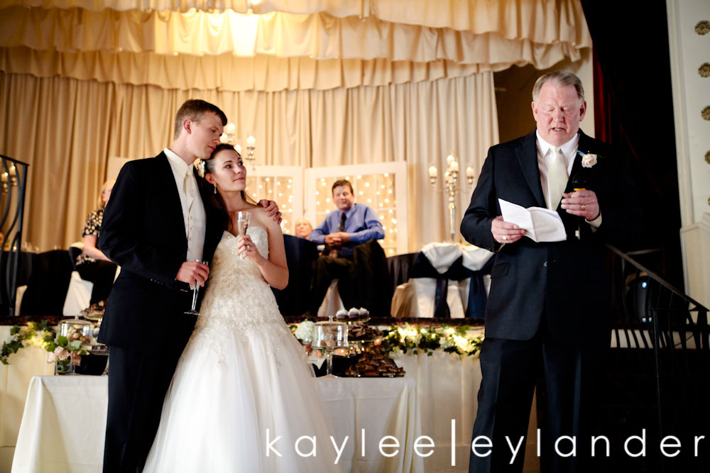 0610 Apricot Bouquets & Dancing Lessons for the Guests | Marysville Opera House Wedding