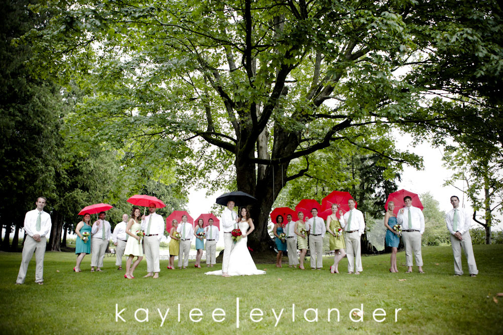 wedding party web0254 Bellingham DIY Wedding | A Wedding in the rain never looked so good!| Kaylee Eylander