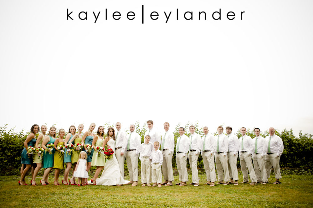 wedding party web0257 Bellingham DIY Wedding | A Wedding in the rain never looked so good!| Kaylee Eylander