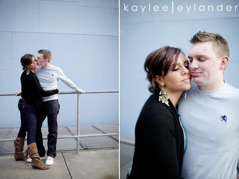 Seattle EMP Engagement Session0028 Heather Loves Kenny! Emp & Pike Place Engagement Session