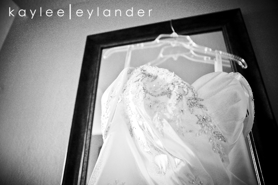 Getting Ready 0002 1401 Grand Fresno Wedding| Ruben & Lisa | California Wedding Photographer