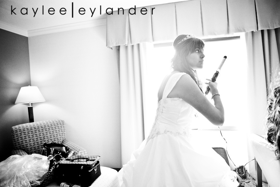 Getting Ready 0031 1401 Grand Fresno Wedding| Ruben & Lisa | California Wedding Photographer