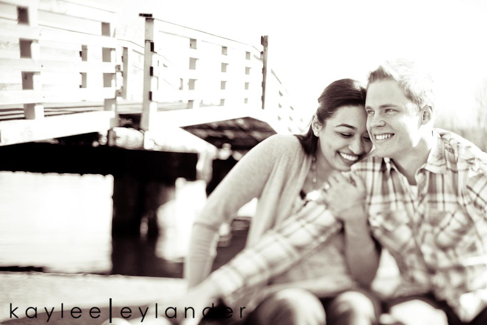 Chloe Josh 16 Kerry Park & UW Row Boat Engagement Session | Chloe & Josh