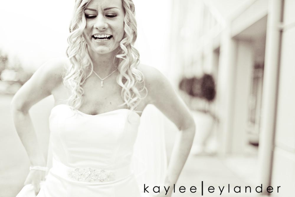 2 Luke + Sarah | Modern Wedding Photographer | Kaylee Eylander Photography
