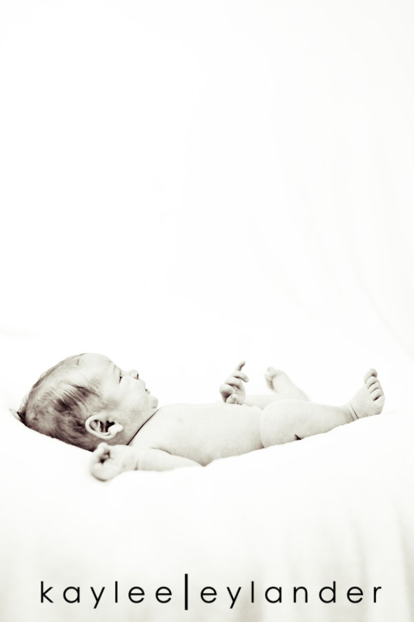 Snohomish newborn Photographer 6 Snohomish Newborn Photographer | Rocker Baby Paxton