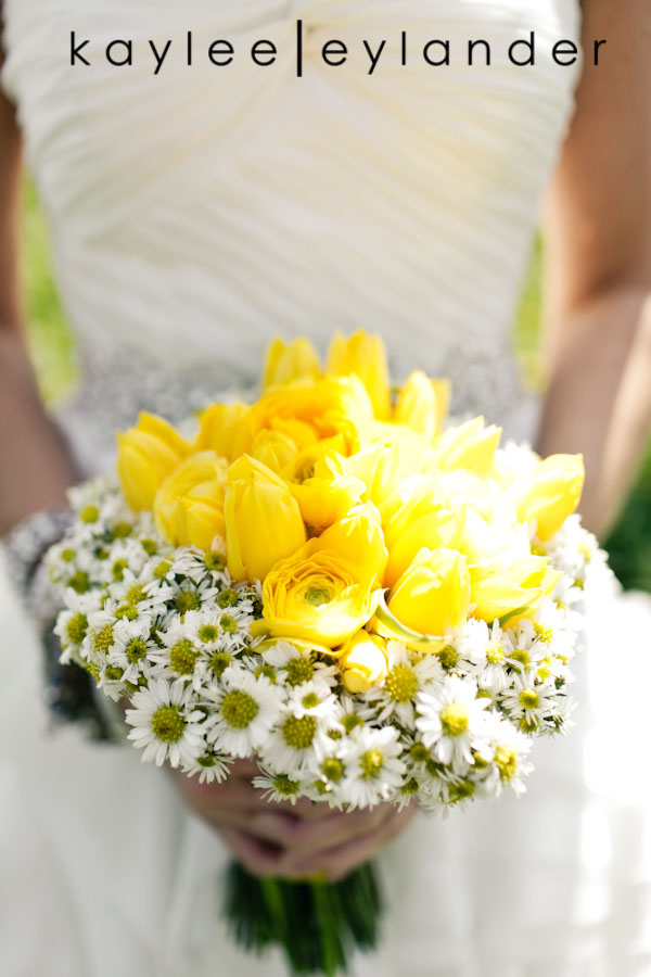 Yellow balloon wedding 34 Yellow Balloons & Sparkly Dress in a Green Field | Summer Wedding Inspiration