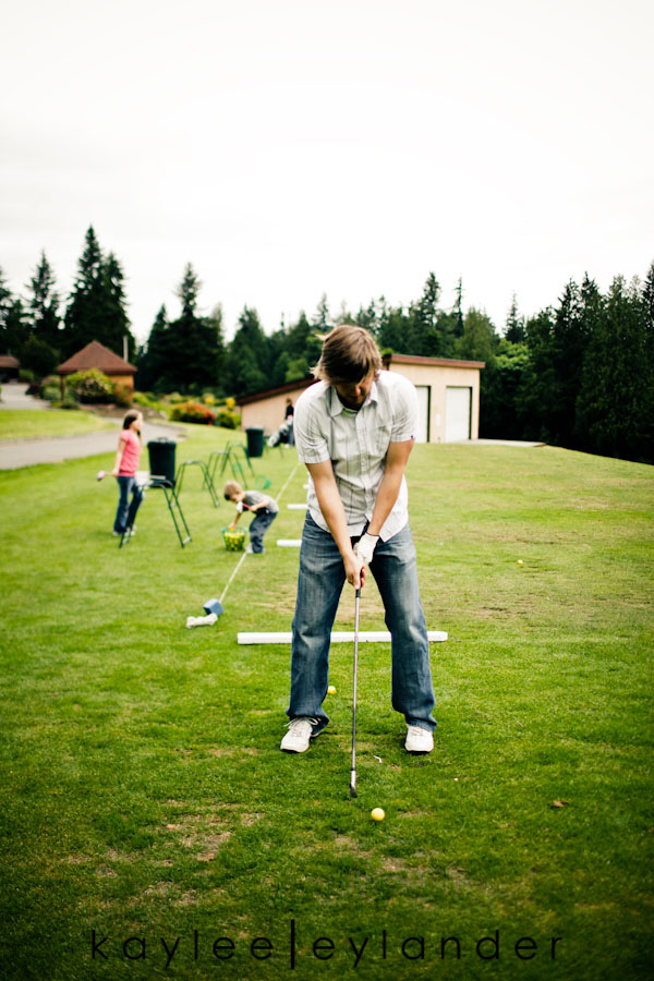 Snohomish Family Photographer 11 Happy Fathers Day to my favorite Man! | 1 Dad, 2 kids and a bucket of golfballs!