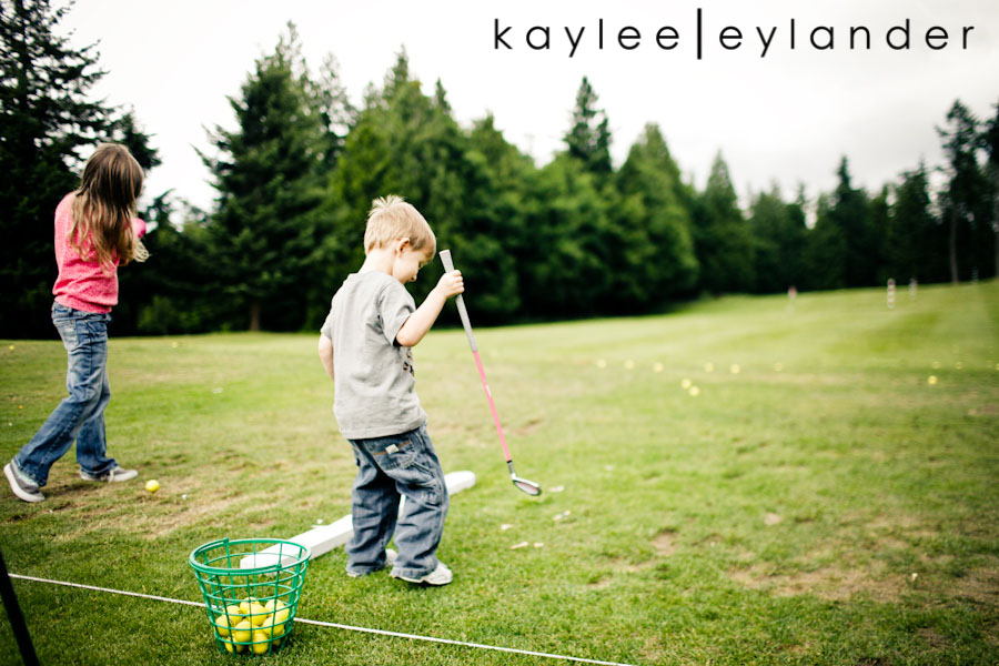 Snohomish Family Photographer 16 Happy Fathers Day to my favorite Man! | 1 Dad, 2 kids and a bucket of golfballs!