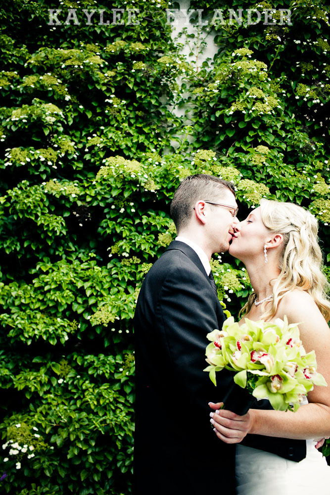 Marysville Opera House Wedding 2 Marysville Opera House Wedding | Green Wedding Shoes