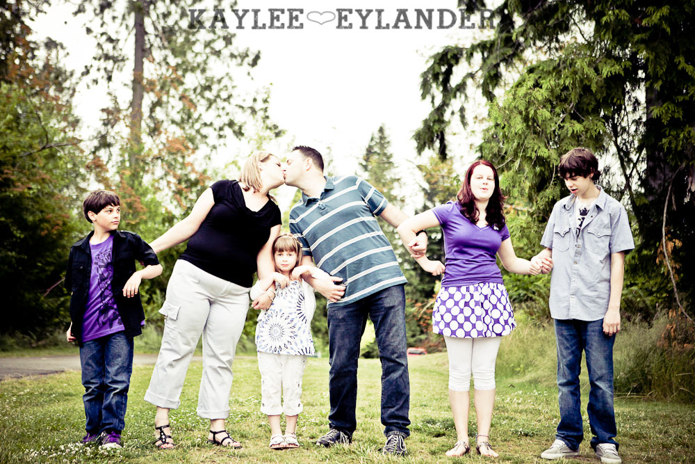 Snohomish Family Photographer 50 2 Family Photography Seattle | The Amazing Willis Family!