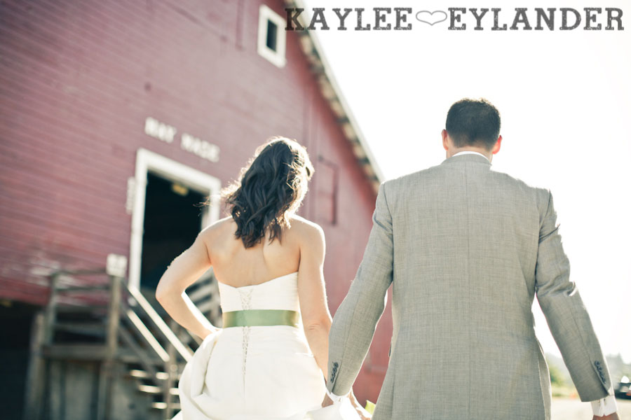 Swans Trail Farm Wedding Photographer 31 Swans Trail Farm | Rustic Barn Field Wedding | Sneak Peak