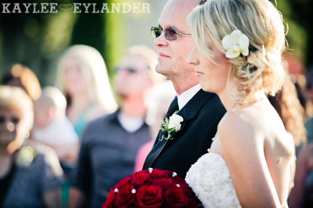 Echo Falls Wedding Ceremony 437 Echo Falls Golf Course Wedding | Snohomish Wedding Photographers