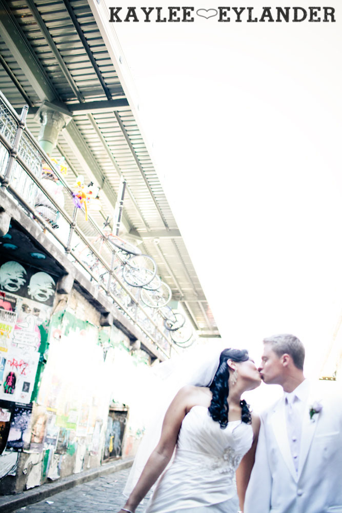Pike Place Wedding Bride Groom 39 Pike Place First Look   Seattle Wedding Photographer   First Look