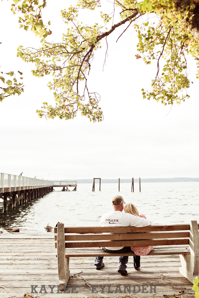 16 Beach Engagement Session | Kayak Point with a sweet chocolate lab...and 2 peeps in love