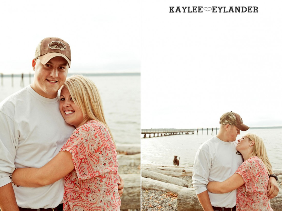 20 1100x822 Beach Engagement Session | Kayak Point with a sweet chocolate lab...and 2 peeps in love