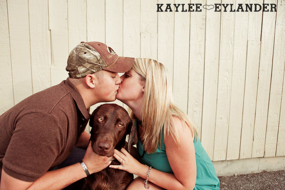 23 Beach Engagement Session | Kayak Point with a sweet chocolate lab...and 2 peeps in love