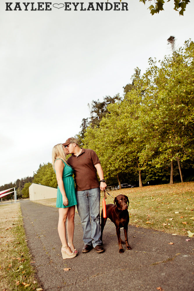 27 Beach Engagement Session | Kayak Point with a sweet chocolate lab...and 2 peeps in love