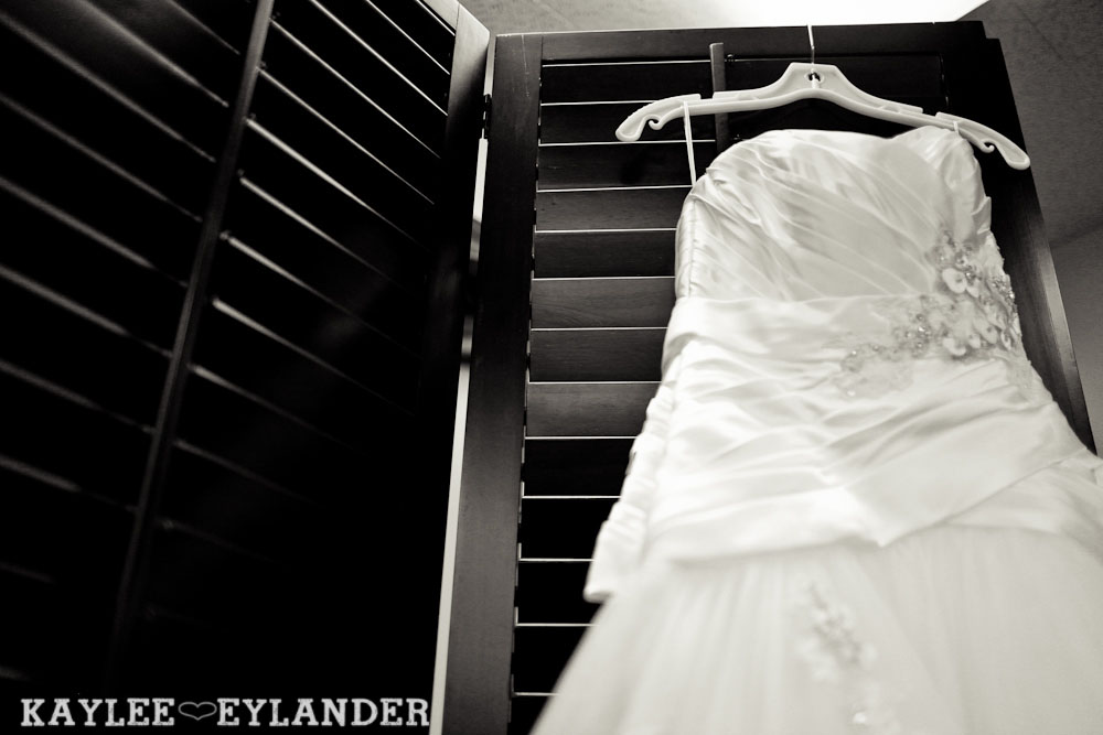 Hotel W Seattle Modern Wedding 7 Pike Place & Hotel W Seattle Wedding | Seattle Wedding Photographer