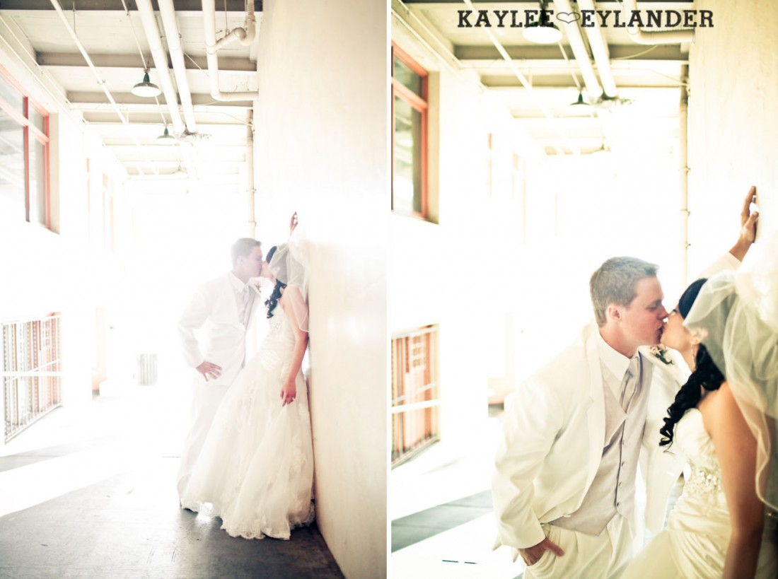 Pike Place Wedding Bride Groom 40 1100x819 Pike Place & Hotel W Seattle Wedding | Seattle Wedding Photographer