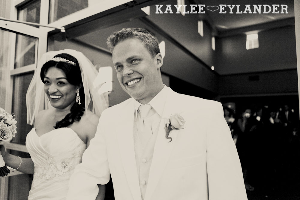 Pike Place Wedding Bride Groom 6 Pike Place & Hotel W Seattle Wedding | Seattle Wedding Photographer