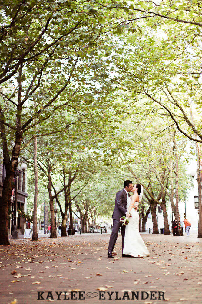 Pioneer square Seattle Vintage wedding 18 Downtown Seattle Vintage Wedding | A love story you dont want to miss!