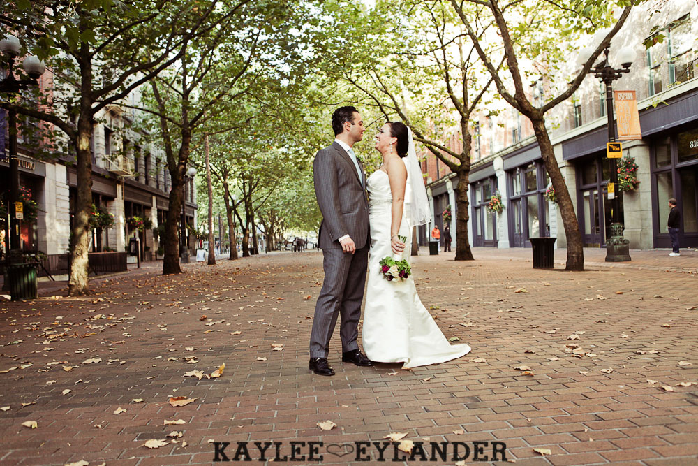 Pioneer square Seattle Vintage wedding 21 Downtown Seattle Vintage Wedding | A love story you dont want to miss!