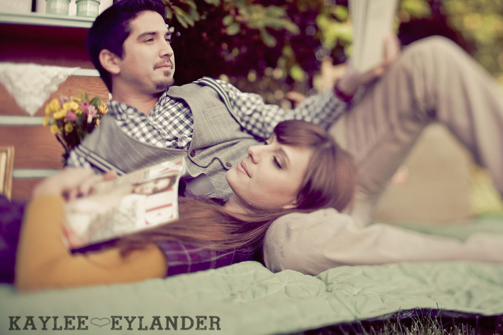 00131 Vintage Engagement Session | Rowboat, a vintage type writer Beach cruisers & Love