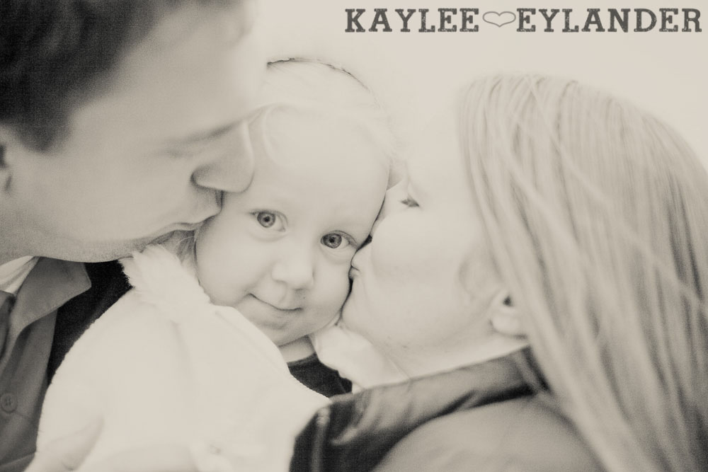 Baze Family 2011 10 Family Portrait Session | Big Blue Eyes!