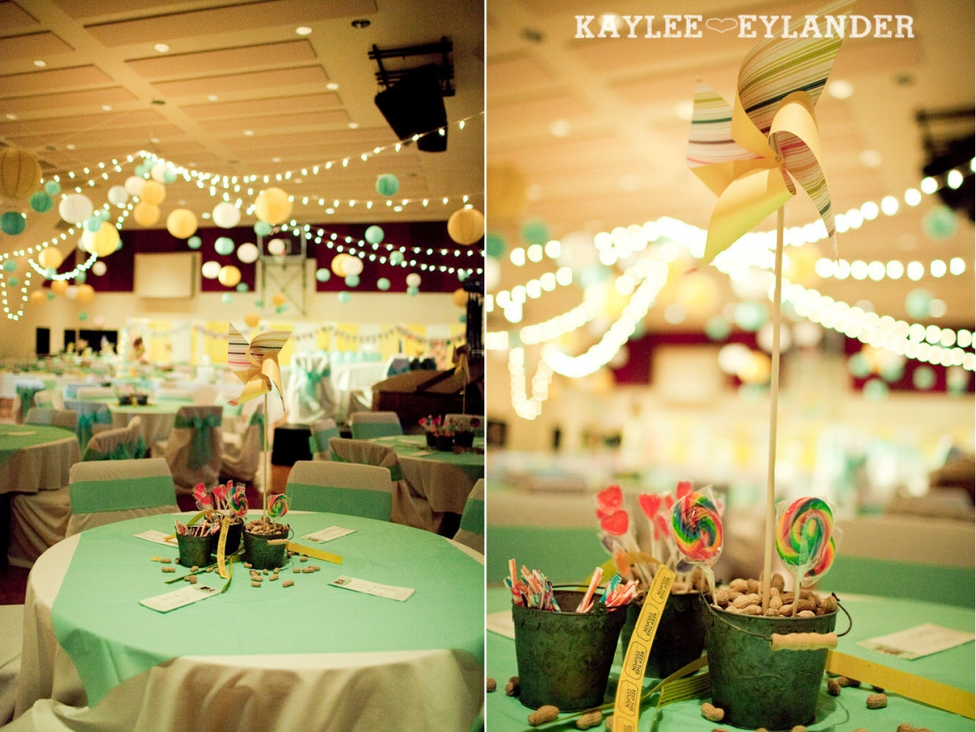 Circus Theme Wedding Reception 1 1100x825 Everett Wedding Photographer|  Amazingly fun Circus themed Wedding