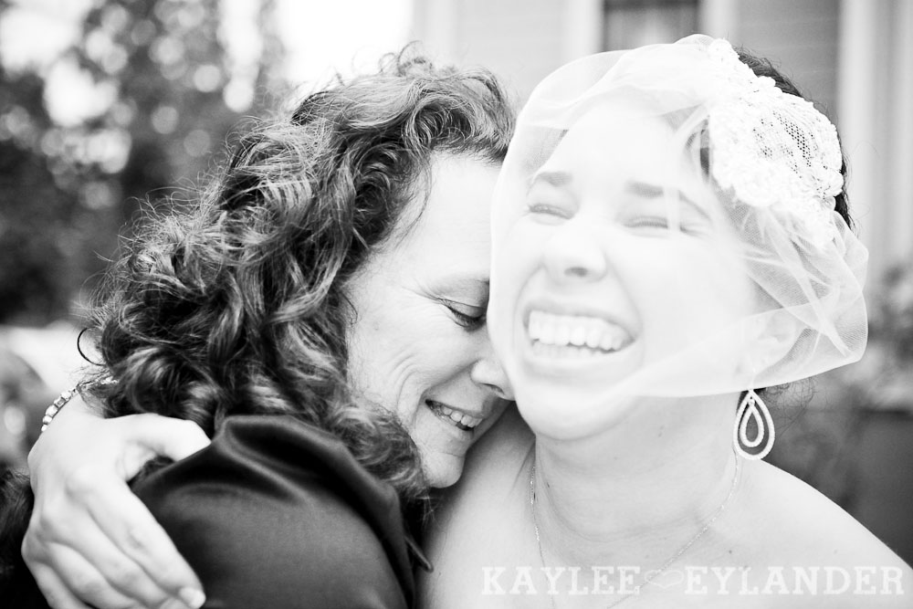 Port Gamble St Pauls Church Wedding 22 Port Gamble Vintage DIY Wedding | I heart St. Pauls Church!