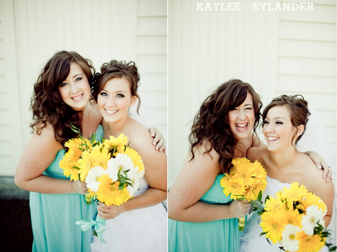 turquoise and yellow wedding 305 1100x825 Everett Wedding Photographer|  Amazingly fun Circus themed Wedding