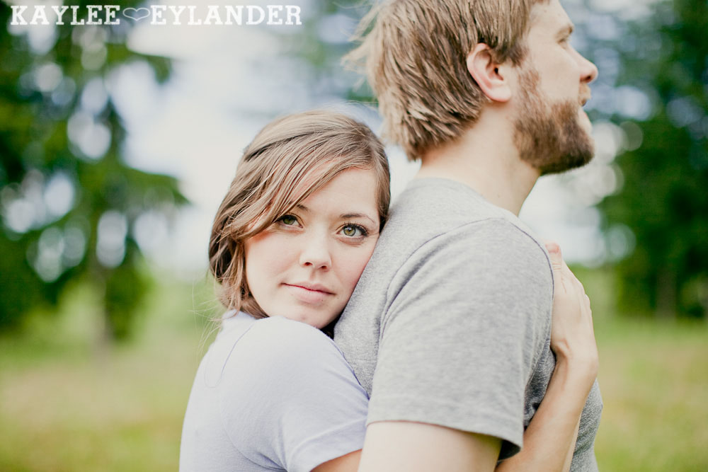 Seattle Wedding Photographer 14 Field Engagement Session | Seattle Wedding Photographer