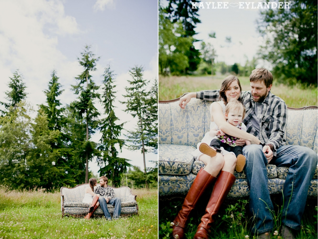 Seattle Wedding Photographer 20 1100x825 Field Engagement Session | Seattle Wedding Photographer