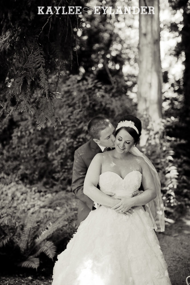 Twin Willows Wedding Snohomish 13 Twin Willow Gardens | Snohomish Wedding Photographer | Sneak Peek!