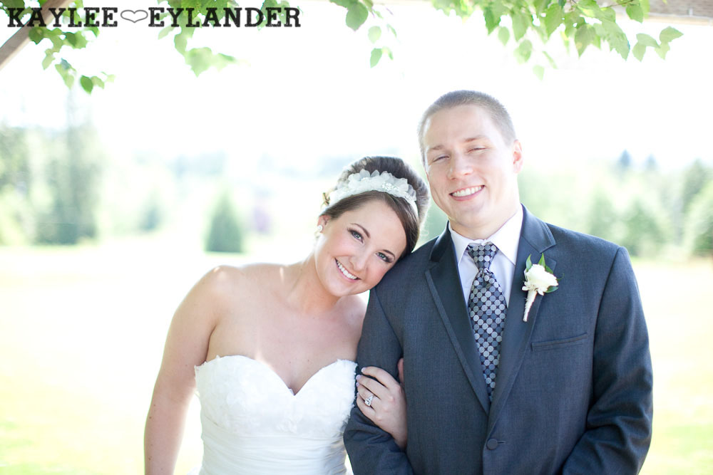 Twin Willows Wedding Snohomish 19 Twin Willow Gardens | Snohomish Wedding Photographer | Sneak Peek!