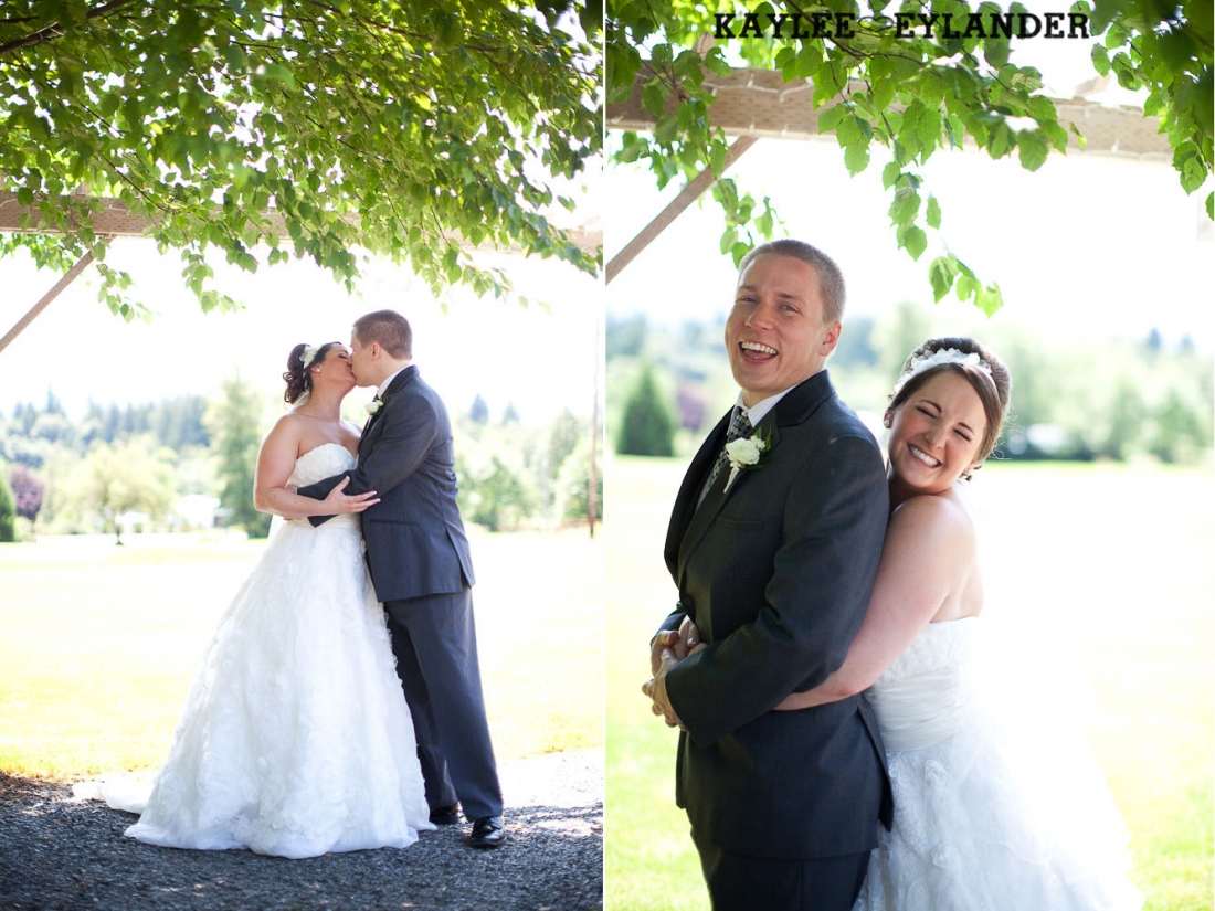 Twin Willows Wedding Snohomish 21 1100x825 Twin Willow Gardens | Snohomish Wedding Photographer | Sneak Peek!