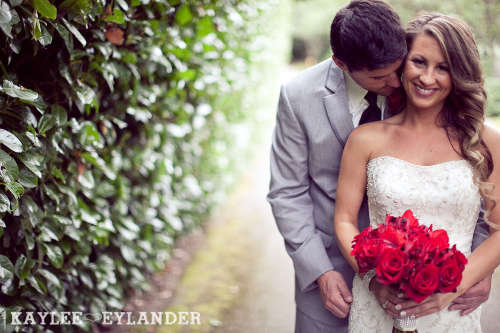 Robinswood House Bellevue Red Grey Wedding 52 Robinswood House Wedding | Red, Grey, Hearts & Birch Wedding
