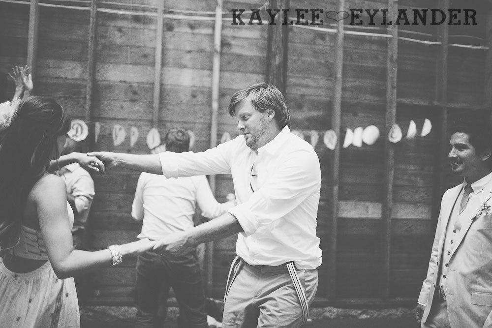 Ritter Farms Cle Elum DIY Wedding Reception 31 Ritter Farms DIY Wedding | Cle Elum Wedding | Turquoise Piano in a field...need I say more?