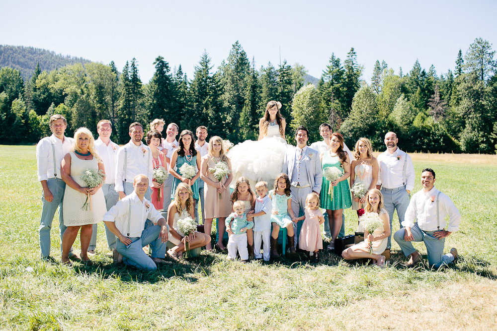 Ritter Farms DIY WEdding Party 3 Ritter Farms DIY Wedding | Cle Elum Wedding | Turquoise Piano in a field...need I say more?