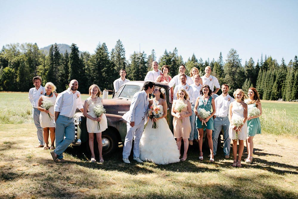 Ritter Farms DIY WEdding Party 8 Ritter Farms DIY Wedding | Cle Elum Wedding | Turquoise Piano in a field...need I say more?
