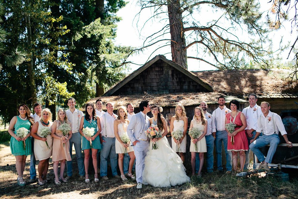 Ritter Farms DIY WEdding Party 9 Ritter Farms DIY Wedding | Cle Elum Wedding | Turquoise Piano in a field...need I say more?