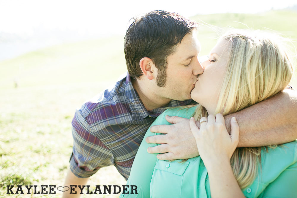 Gasworks engagement session0007 Gasworks Park Engagement Session | Seattle Wedding Photographer