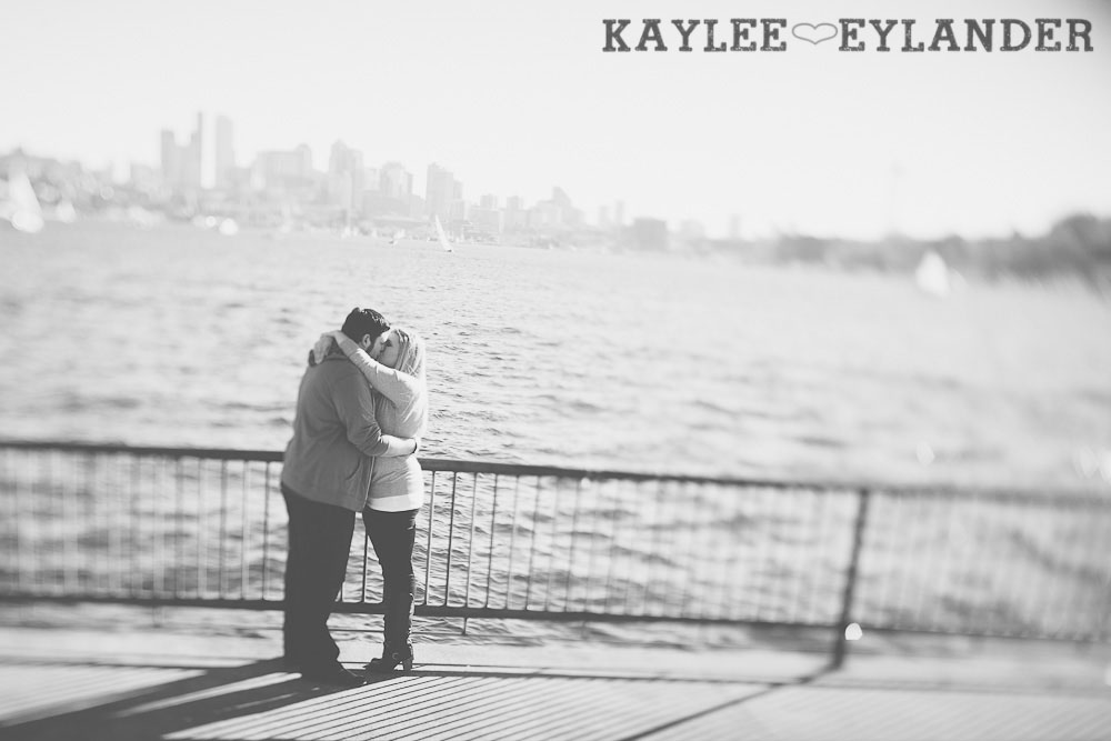 Gasworks engagement session0023 Gasworks Park Engagement Session | Seattle Wedding Photographer