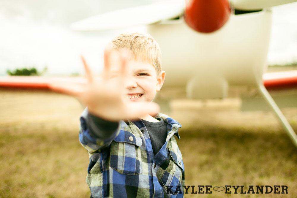 Seattle Family Photographer 21 Arlington Airport Family Portraits! | The Bogners (some of my favorite people in the world!)