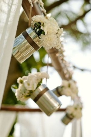 148267012703100387 Aw6C9tXG c Tin Can DIY Wedding Ideas | DIY Wedding Photographer