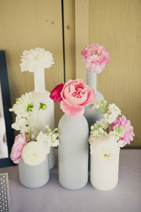 219339444323542376 COAmk7WV c1 DIY Wedding ideas | Spray Paint