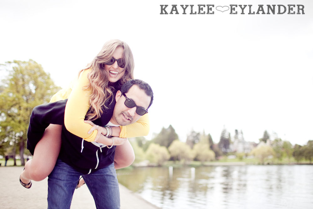Greenlake Engagement Session 64 Engagement Sessions With Props | Seattle Wedding Photographer
